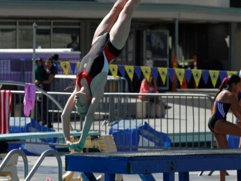 stanford-diving-summer-region-10-championship-girl-diver-somersaults