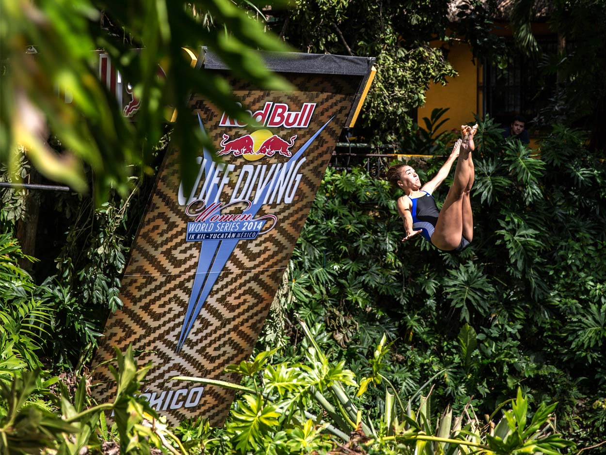Red Bull Cliff Diving - Stanford Diving Site
